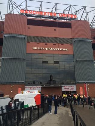 Vue extérieure de Old Trafford.