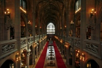 Vue de la salle principale de John Rylands Library. (crédit photo: http://johnrylands.tumblr.com/)
